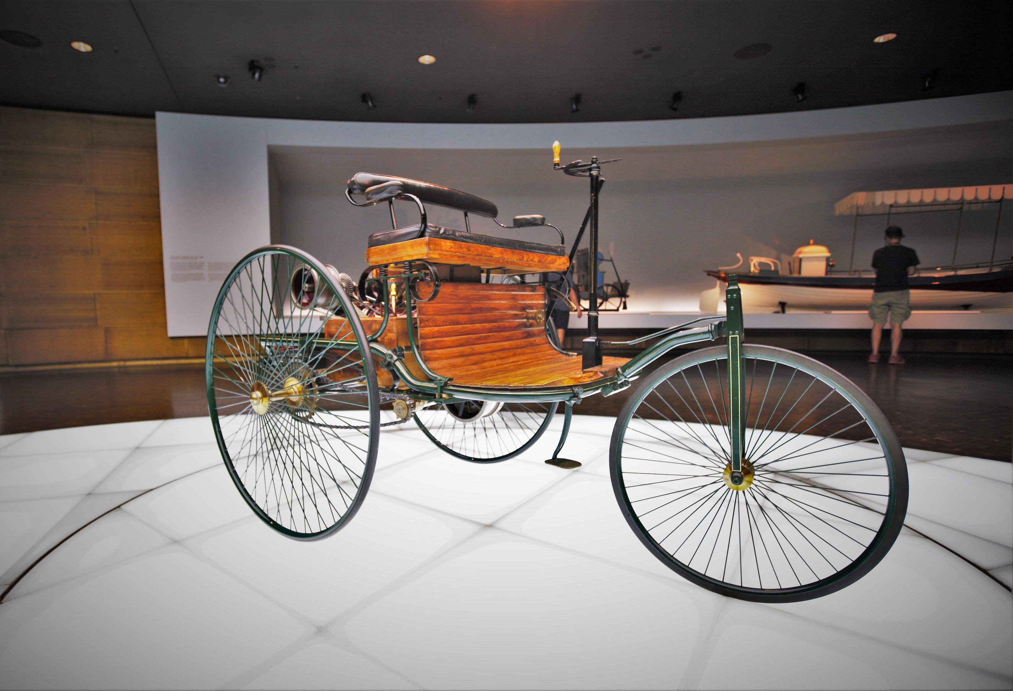 Mercedes-Benz - tarix və bu gün
