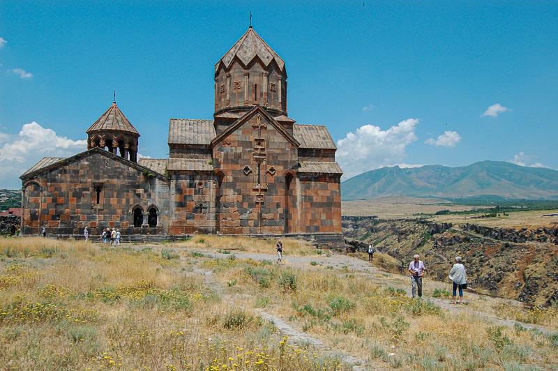 Ermənilər kimdir?