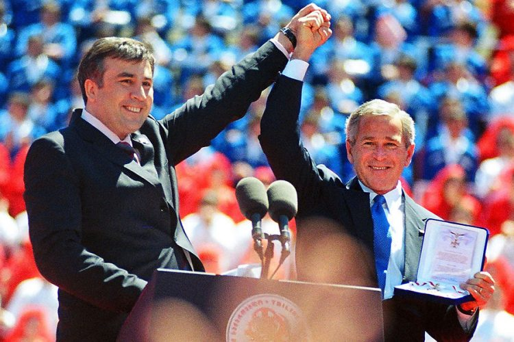 Misha-Saakashvili-with-W-Bush